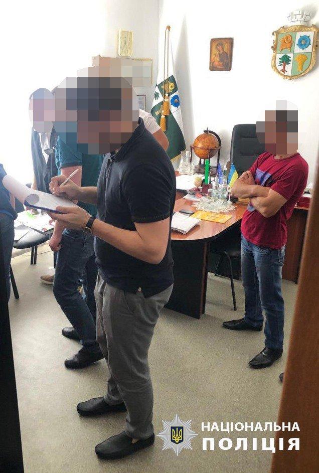 На хабарі попався заступник голови Баранівської міської ради (ФОТО, ВІДЕО), фото-3
