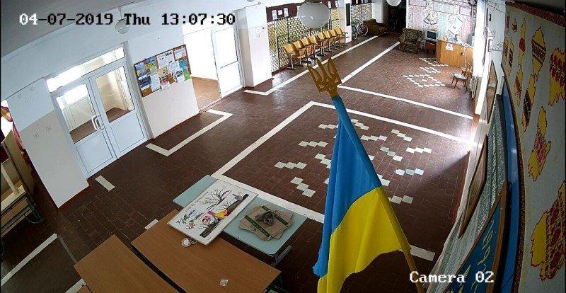 У 7-й школі Новограда-Волинського встановили відеоспостереження, фото-1