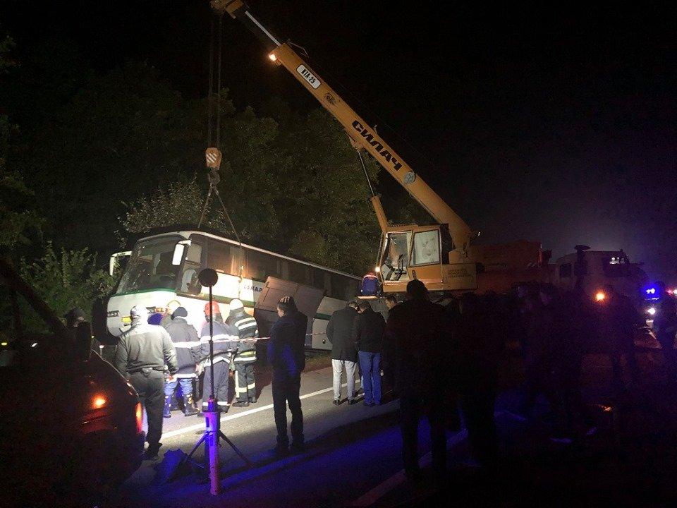 9 людей загинули, ще 10 травмовані у ДТП в Новоград-Волинському районі , фото-1
