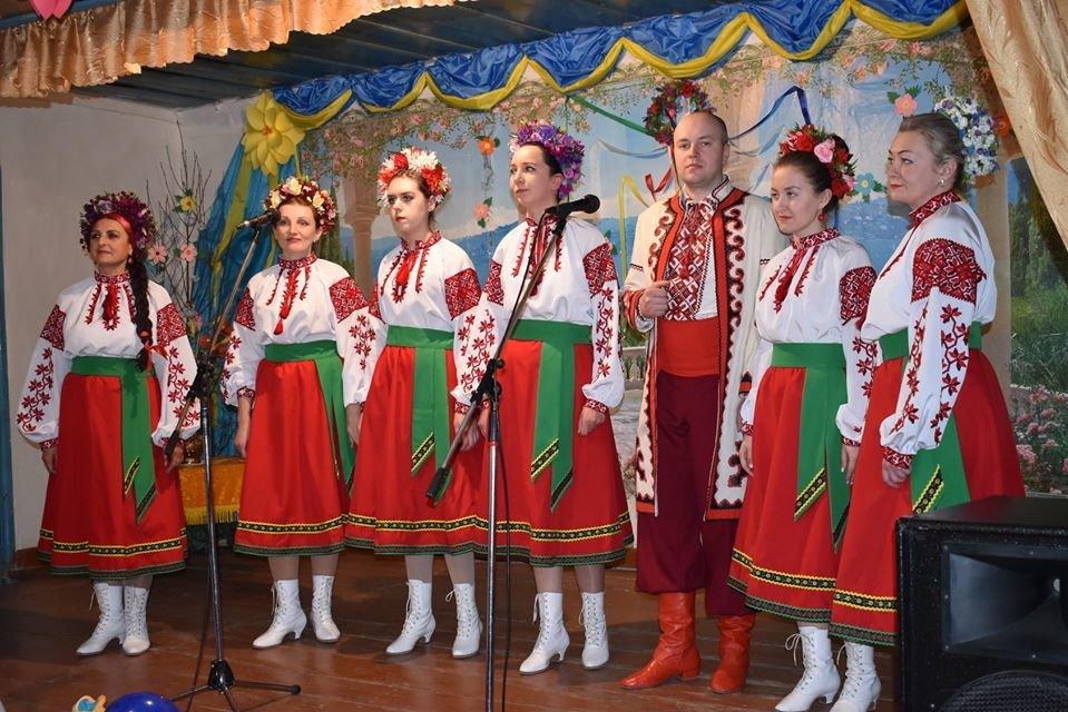 Святковий концерт, лотерея та караоке: як відзначили День села Маковиці, фото-1