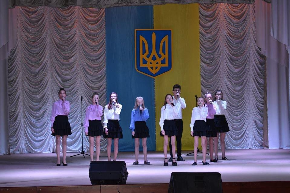 Як у Новограді відзначали День ЗСУ та Міжнародний день волонтерів, фото-4