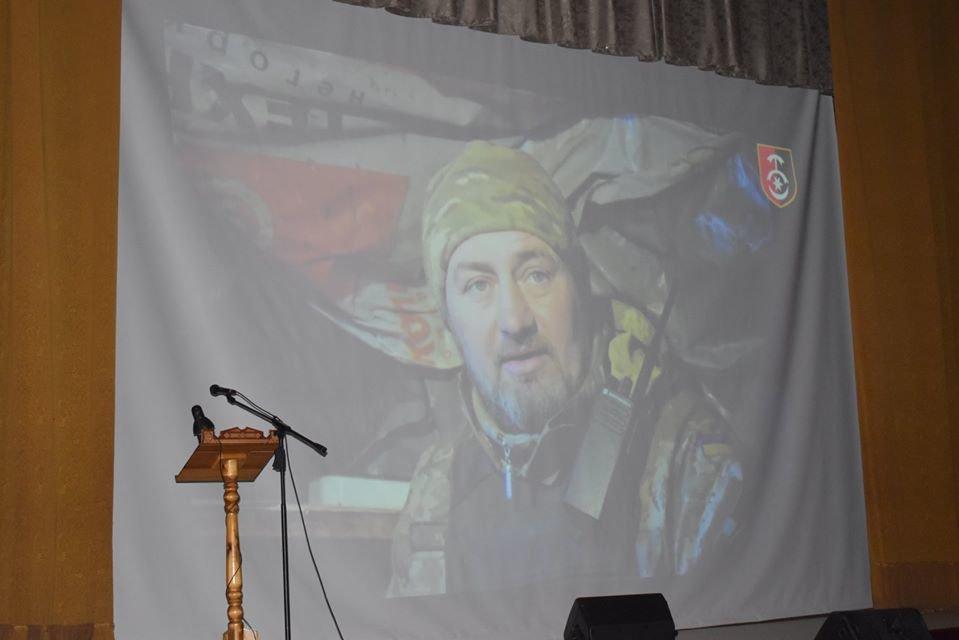 Як у Новограді відзначали День ЗСУ та Міжнародний день волонтерів, фото-2