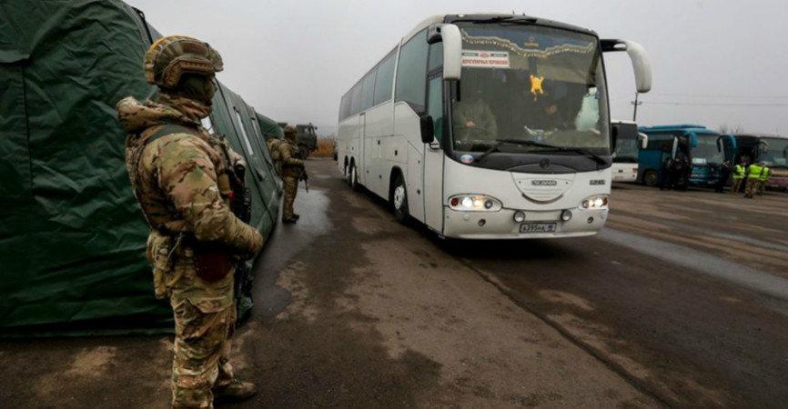 Обмін завершився: Київ заявив про звільнення з полону 76 українців, фото-1