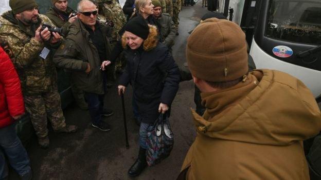 Обмін завершився: Київ заявив про звільнення з полону 76 українців, фото-5