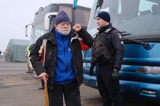 Обмін завершився: Київ заявив про звільнення з полону 76 українців, фото-6