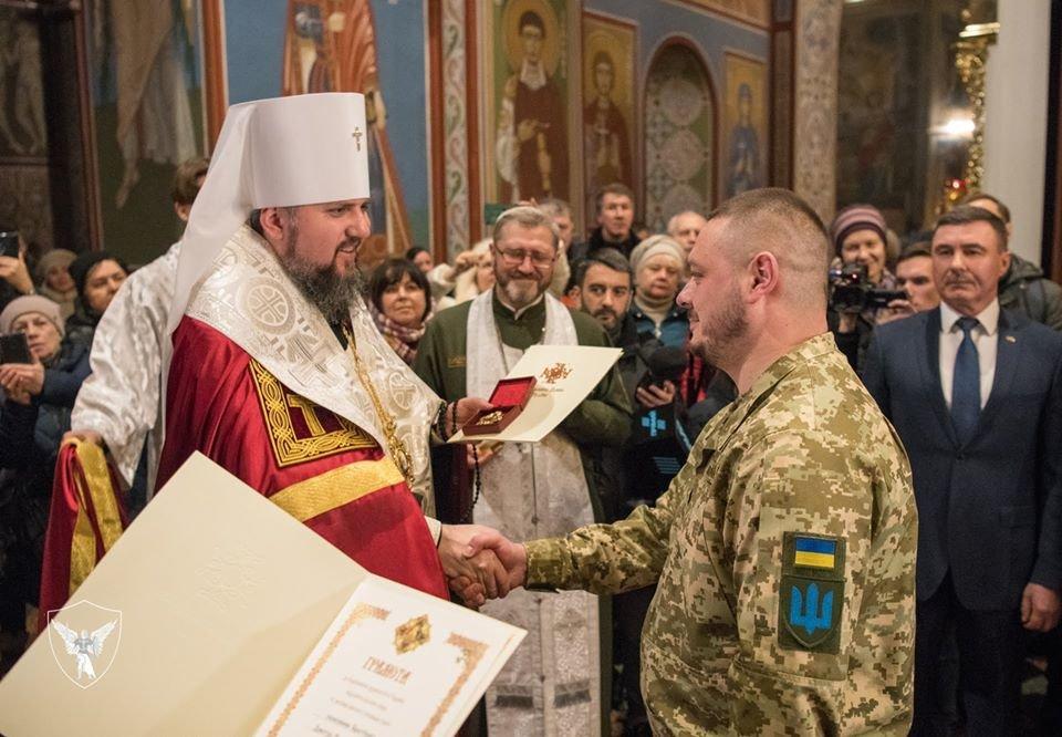 Командир 30-тої бригади отримав копію ікони «Покрови воїнської»., фото-3