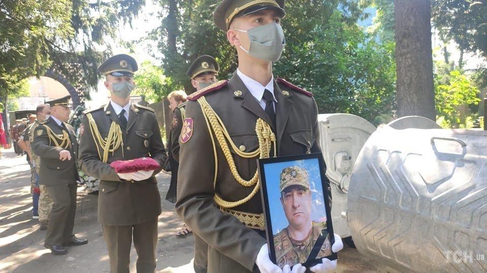 Сьогодні попрощалися із військовим 30-ї бригади Леонідом Добрянським, фото-1