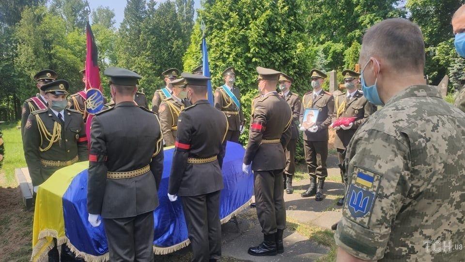 Сьогодні попрощалися із військовим 30-ї бригади Леонідом Добрянським, фото-3