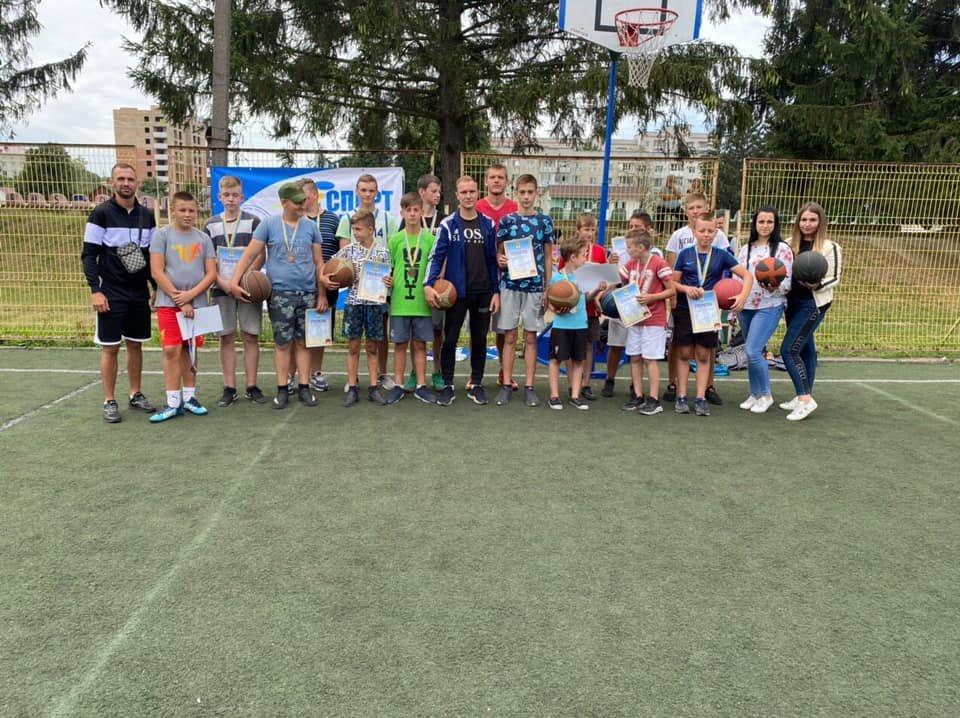 Пробний міні-турнір з вуличного баскетболу відбувся у Новограді-Волинському, фото-1