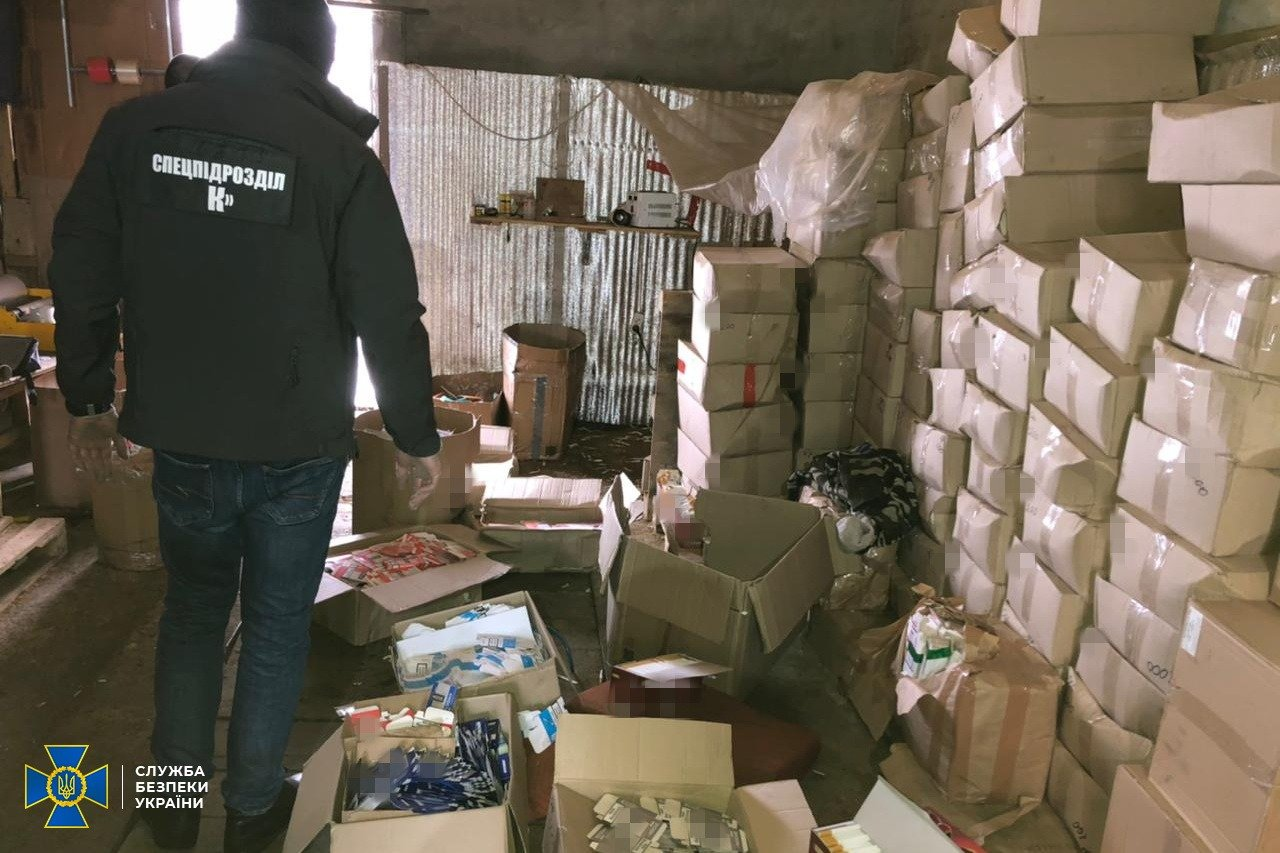 На Житомирщині СБУ викрила контрабанду підакцизних тютюнових товарів, фото-1