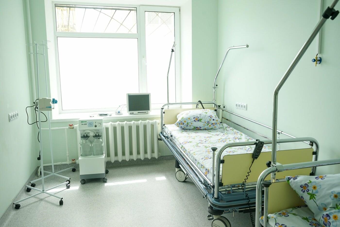 У Новограді відкрили спеціалізовану приймальню для карет швидкої допомоги, фото-3