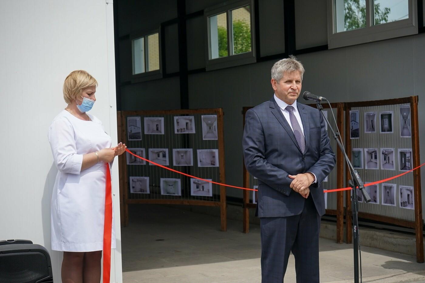У Новограді відкрили спеціалізовану приймальню для карет швидкої допомоги, фото-5
