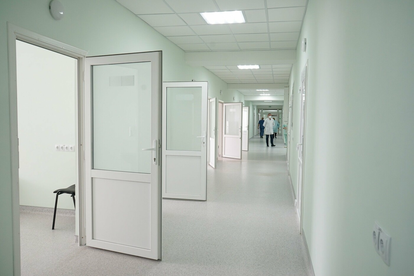 У Новограді відкрили спеціалізовану приймальню для карет швидкої допомоги, фото-1